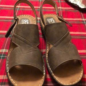 Shoes - Soft Comfort Sandals